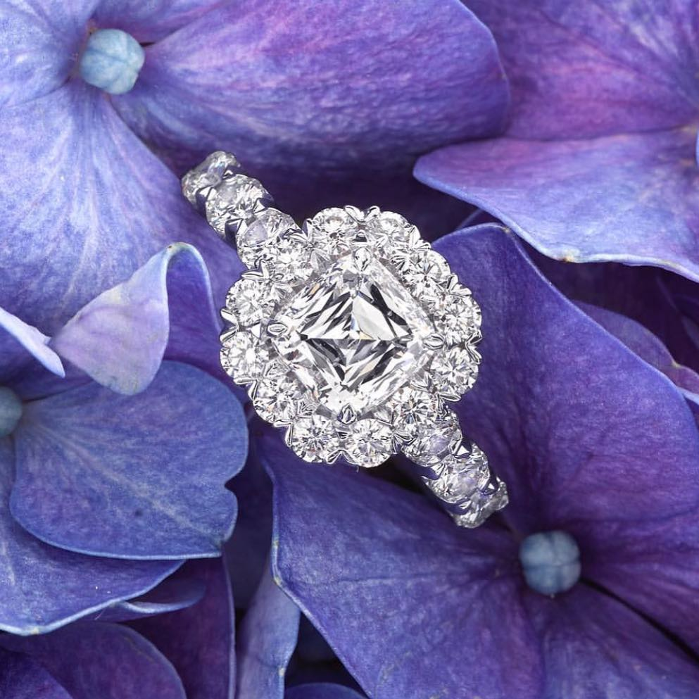 How to Choose Spring Engagement Rings