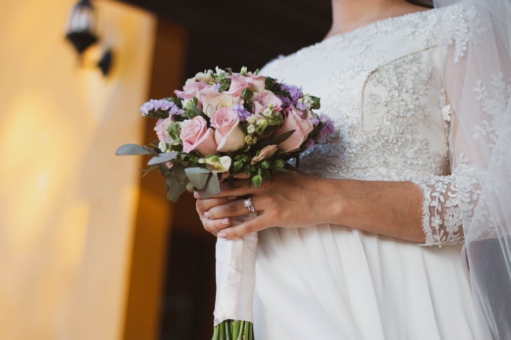 How to Mix Metals in a Bridal Ring Stack