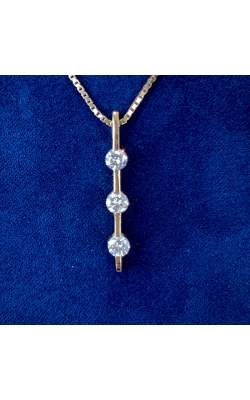 14k Yellow Gold 3 Stone Diamond Pendant product image